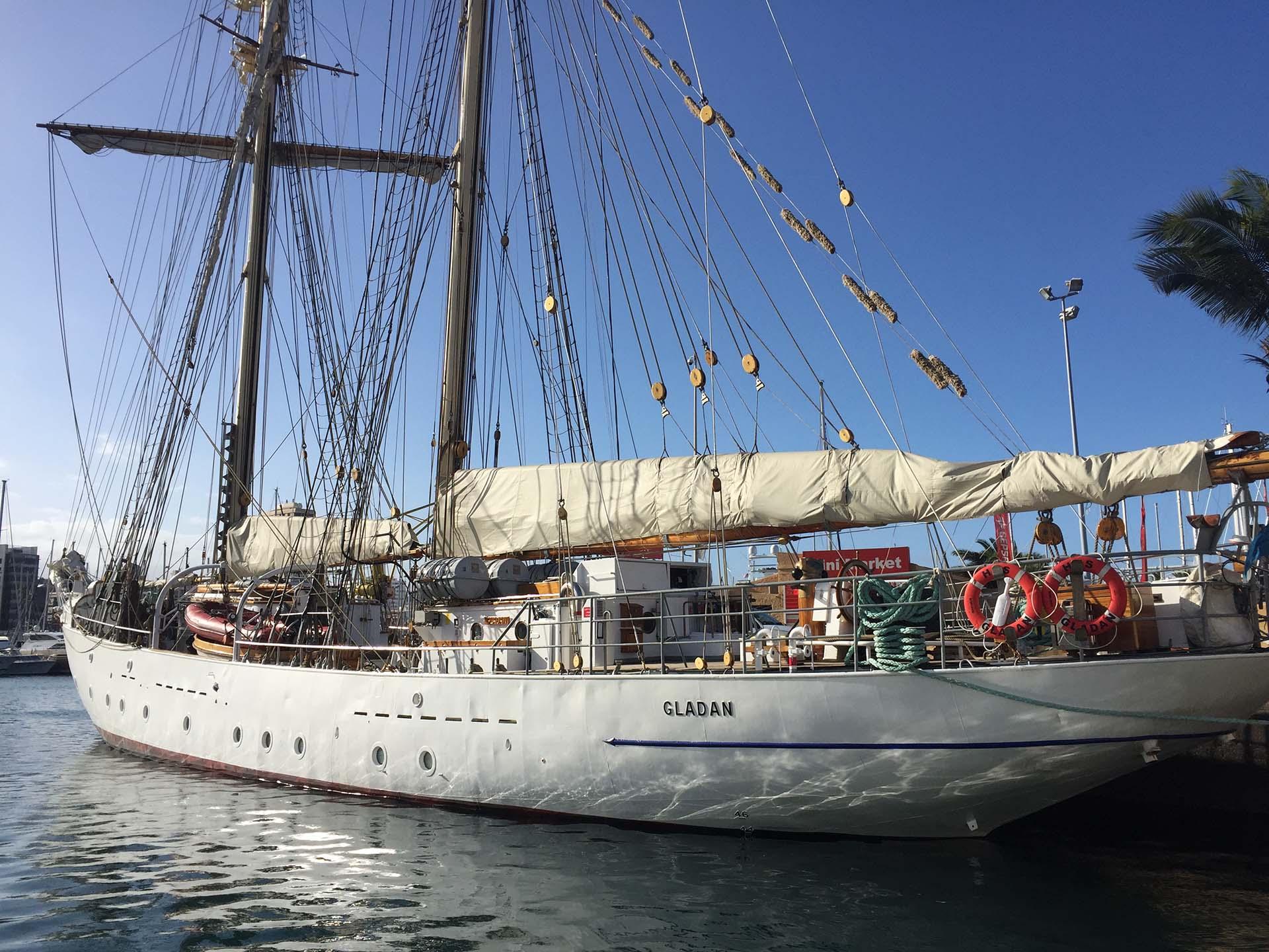 Niklas Amundson HMS Gladan